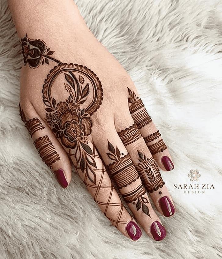 Appealing Bengali Henna Design