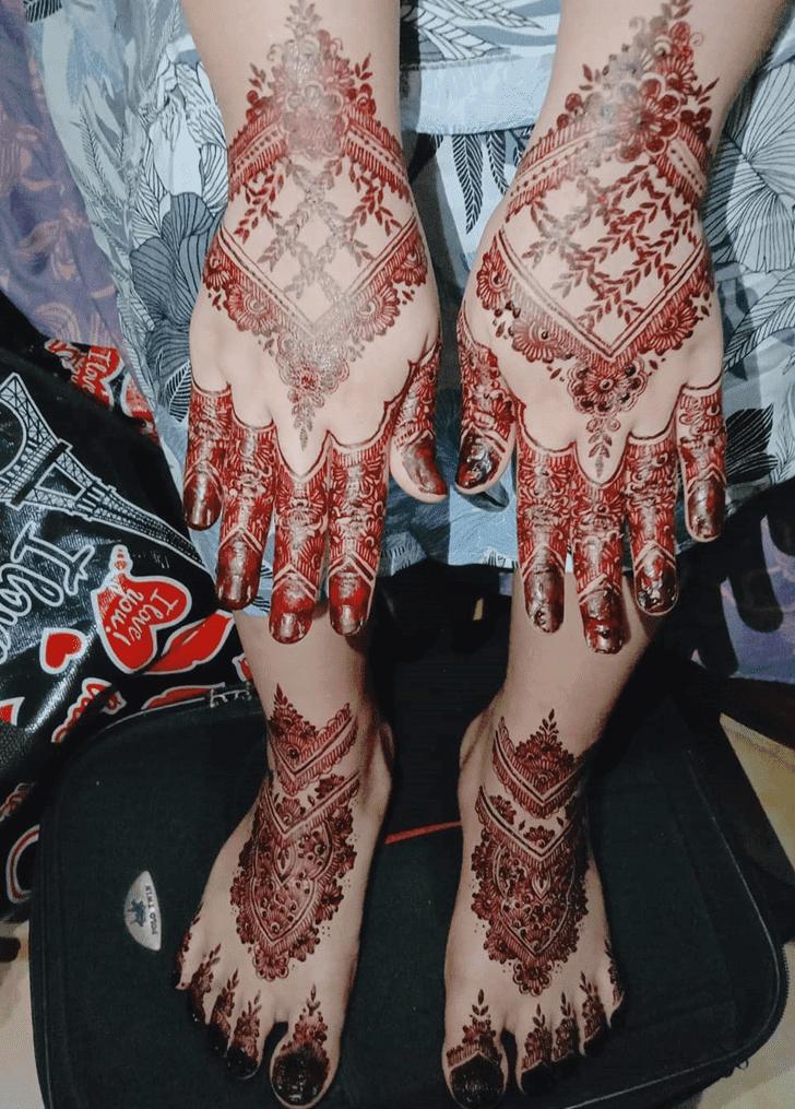 Beauteous Bhai Dooj Henna Design