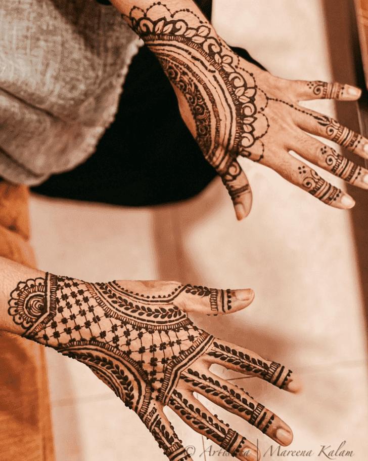 Alluring Bharatpur Henna Design