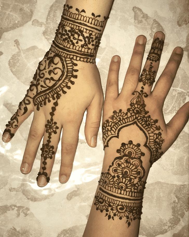 Bewitching Bharatpur Henna Design