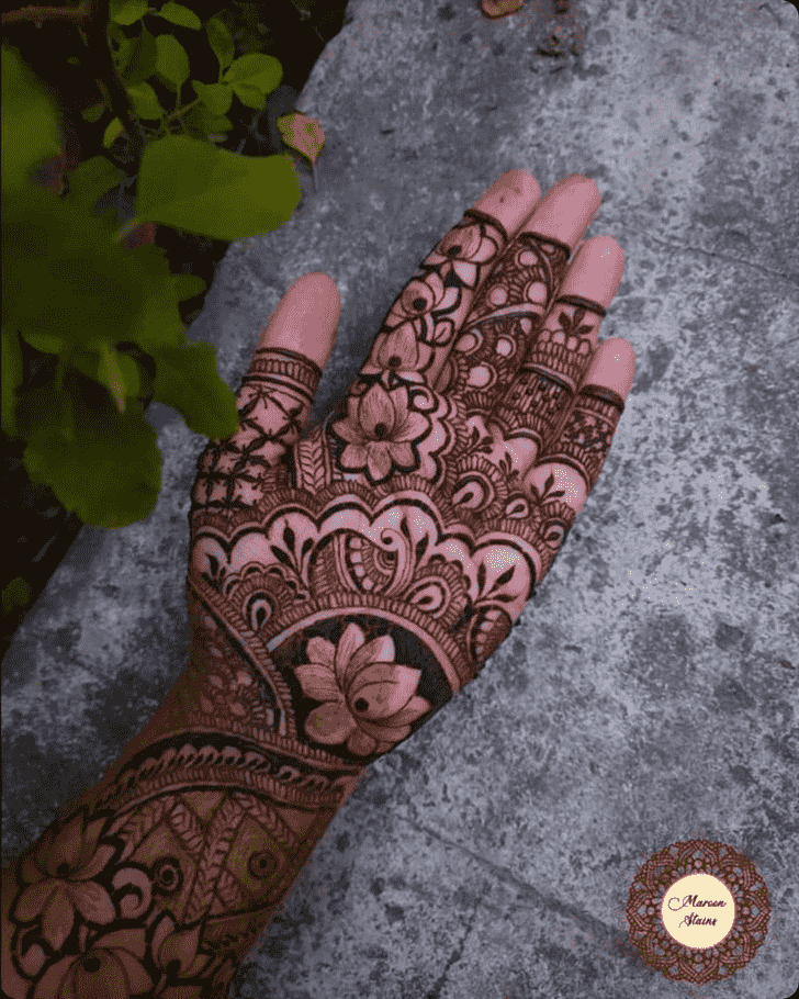 Adorable Bhubaneswar Henna Design