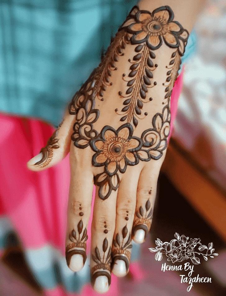 Appealing Bhubaneswar Henna Design