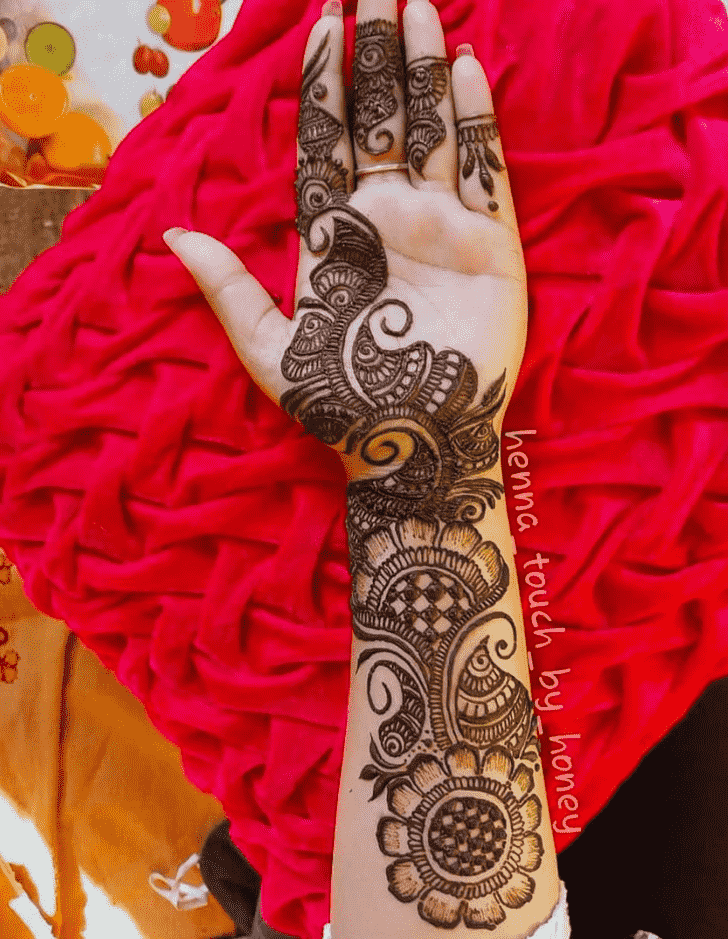 Bewitching Bhubaneswar Henna Design