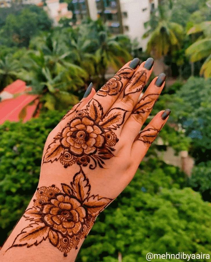Fascinating Bhubaneswar Henna Design