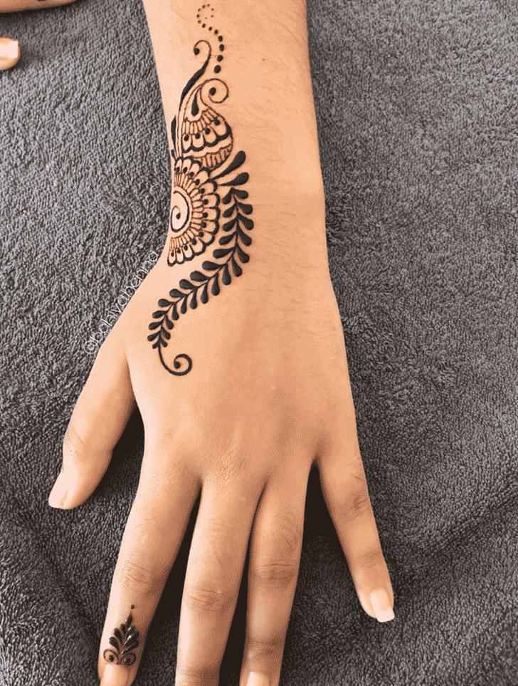 Resplendent Bhubaneswar Henna Design