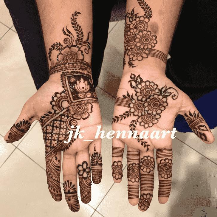 Bewitching Bhuj Henna Design