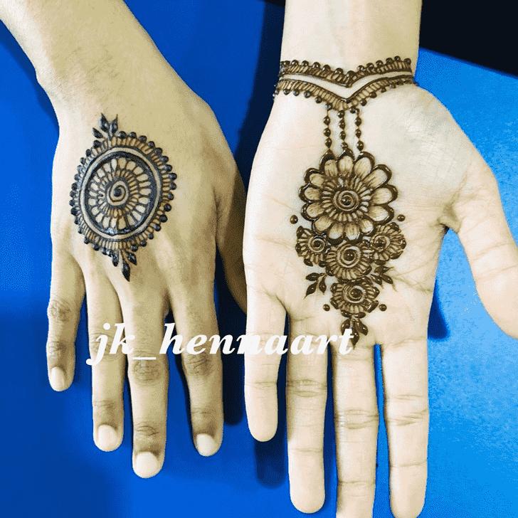 Charming Bhuj Henna Design