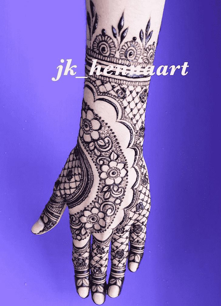 Classy Bhuj Henna Design