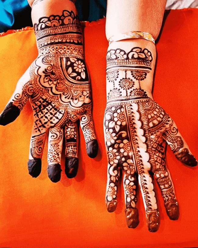 Alluring Biratnagar Henna Design