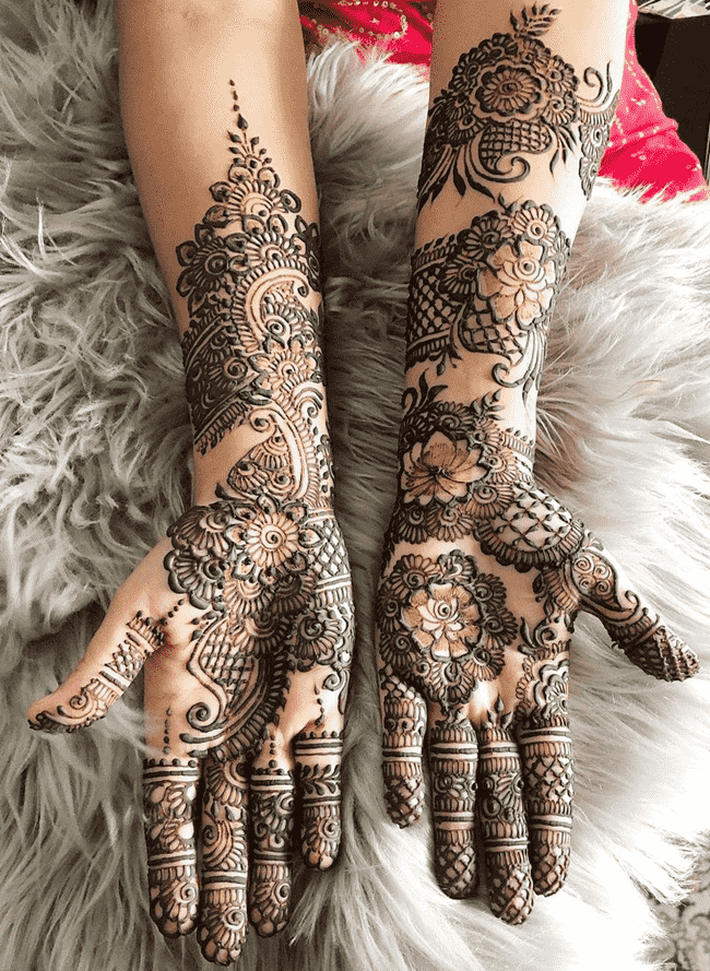 Beauteous Biratnagar Henna Design