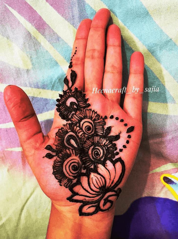 Delightful Black Henna design