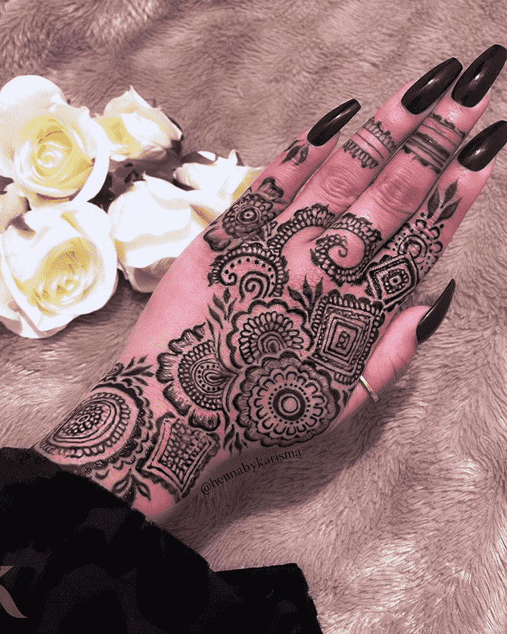 Fair Black Henna design