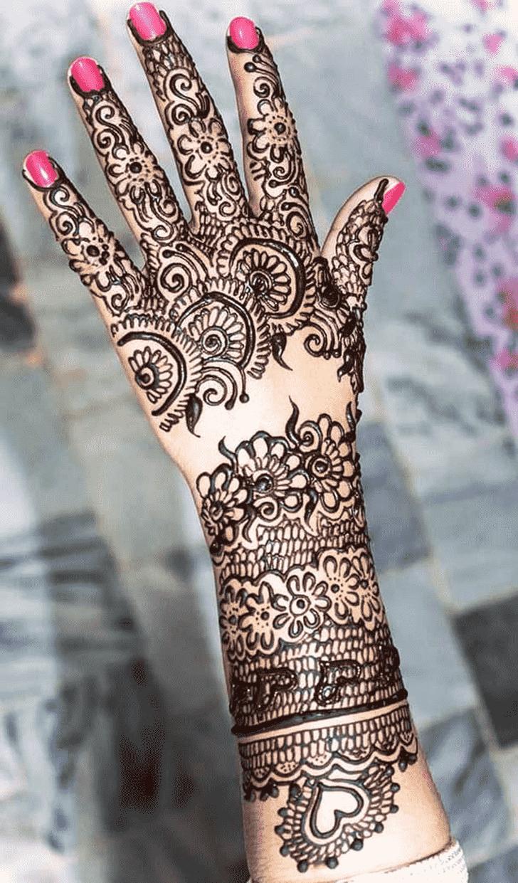 Magnificent Black Henna design