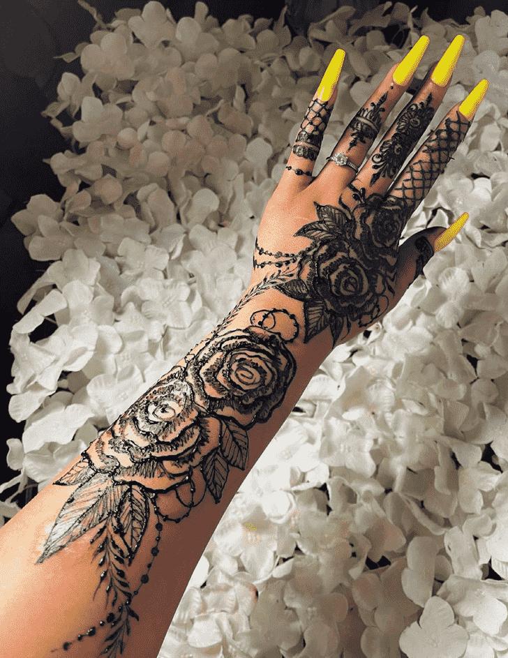 Refined Black Henna design