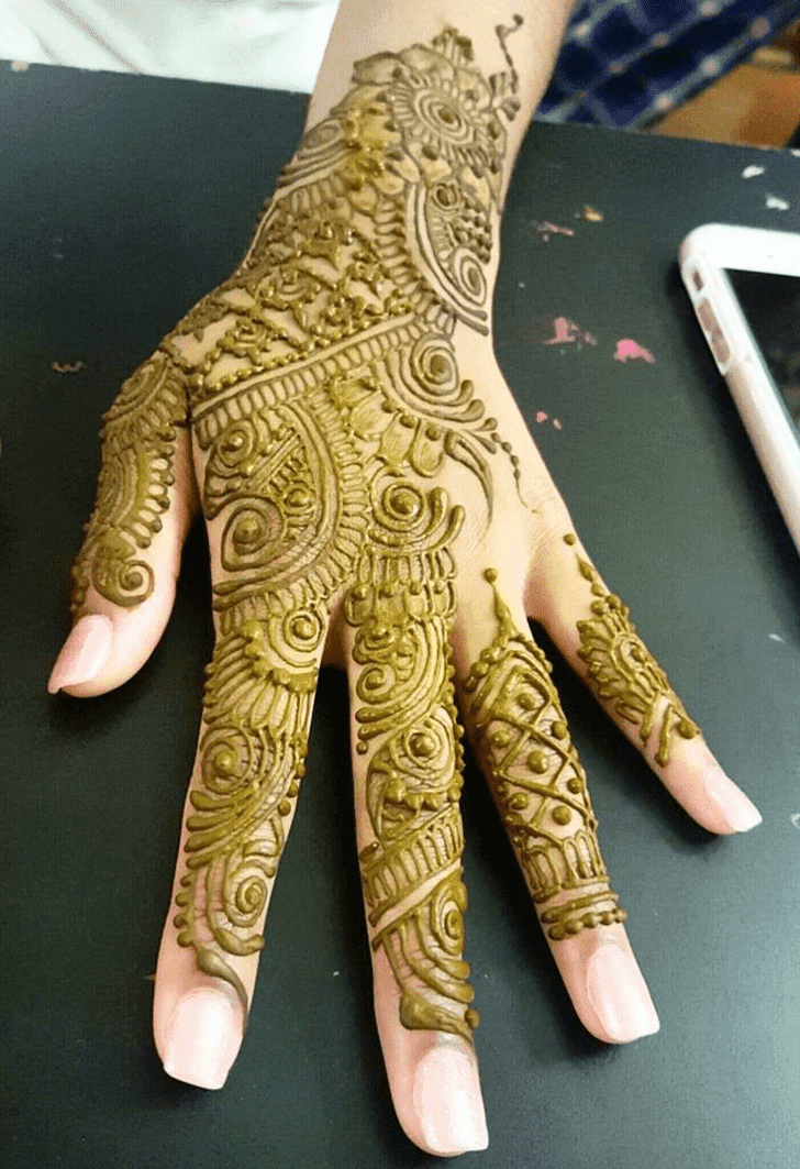 Classy Bombay Style Henna Design