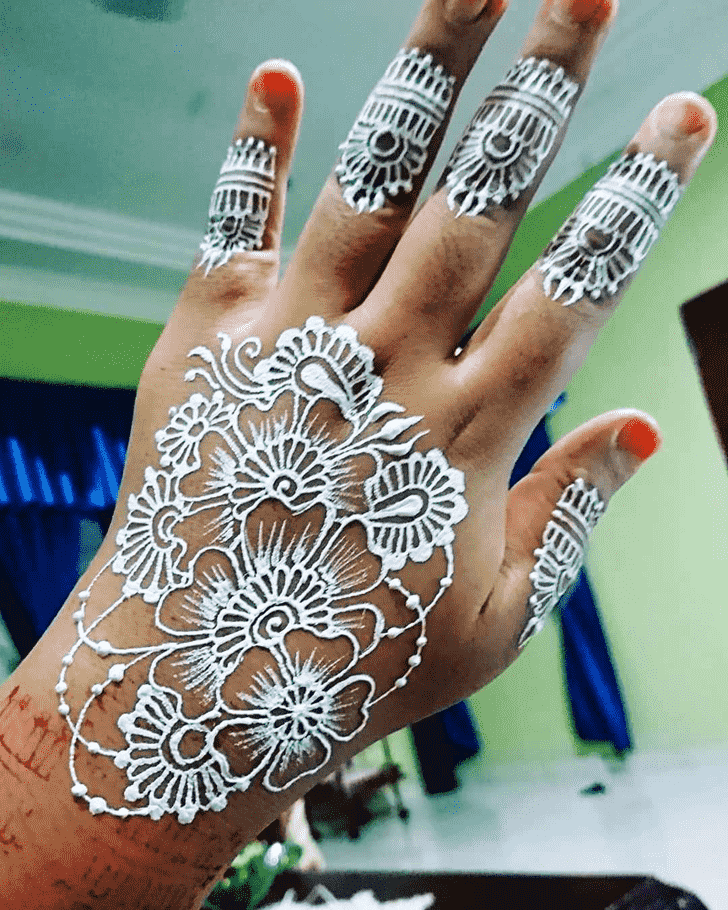 Alluring Boston Henna Design