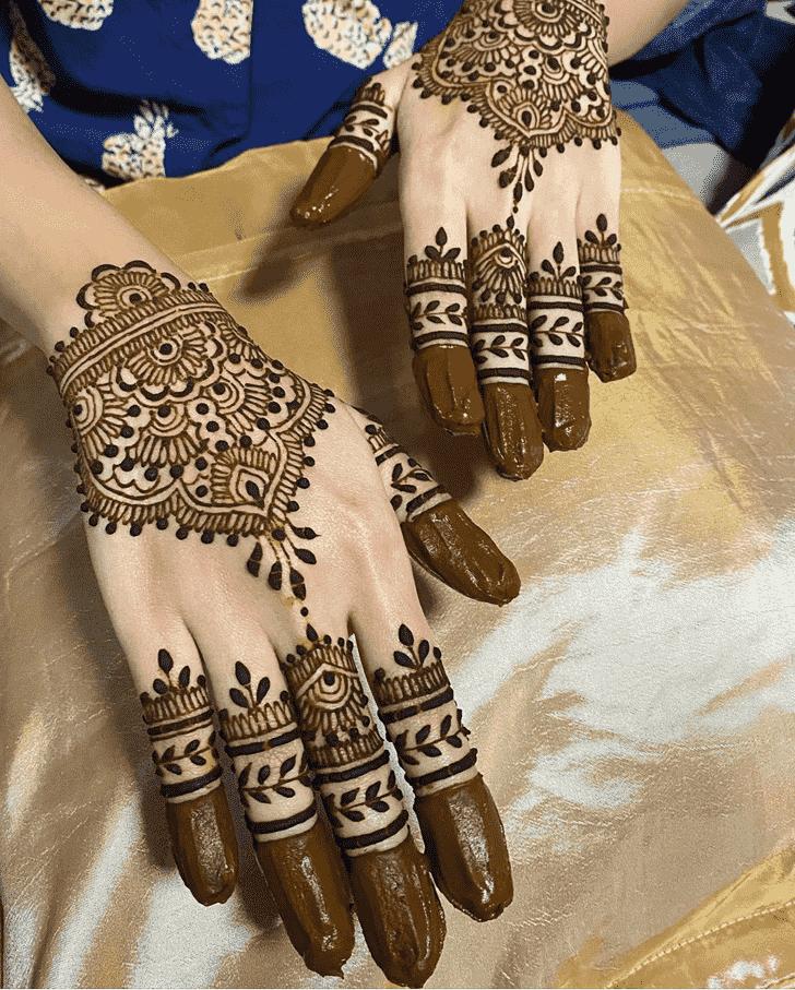 Bewitching Bridal Henna Design