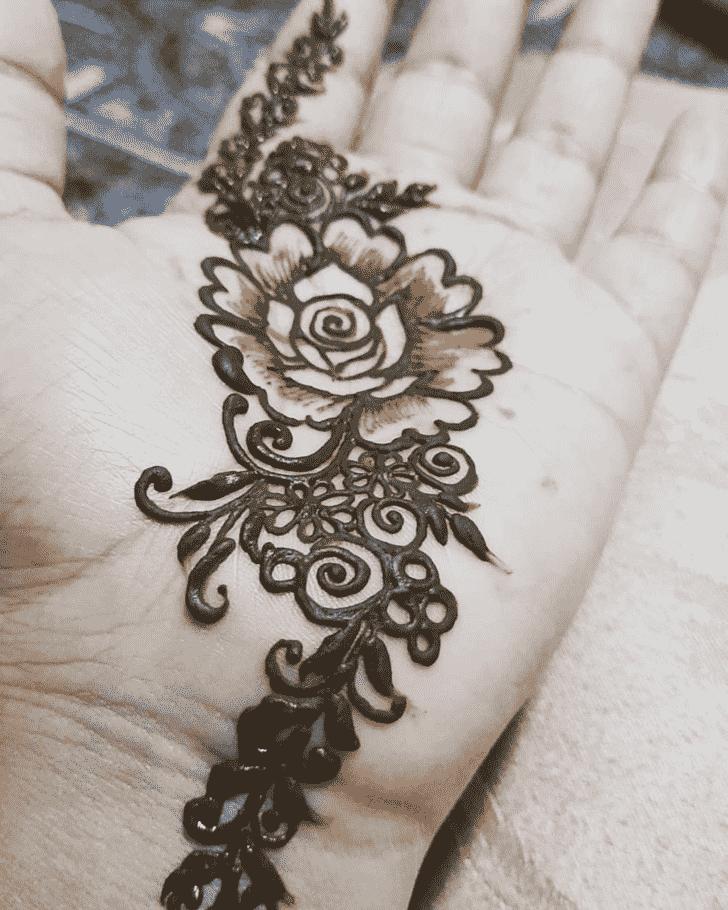 Captivating Bridal Henna Design