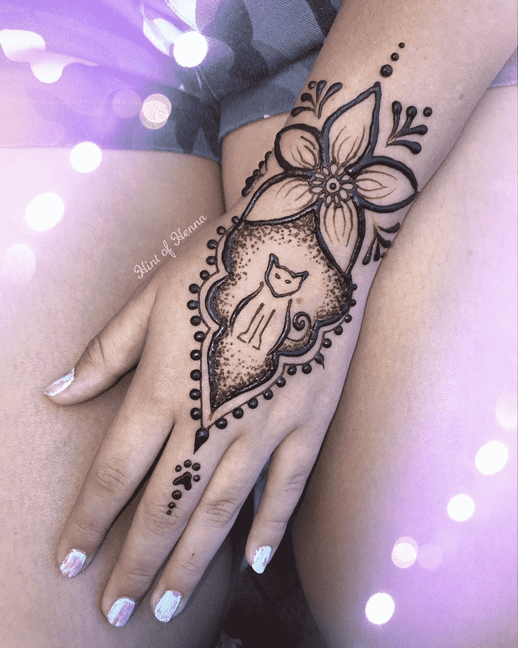 Beauteous Cat Henna Design