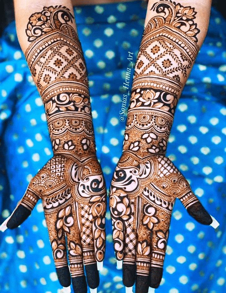Angelic Celebrity Henna Design