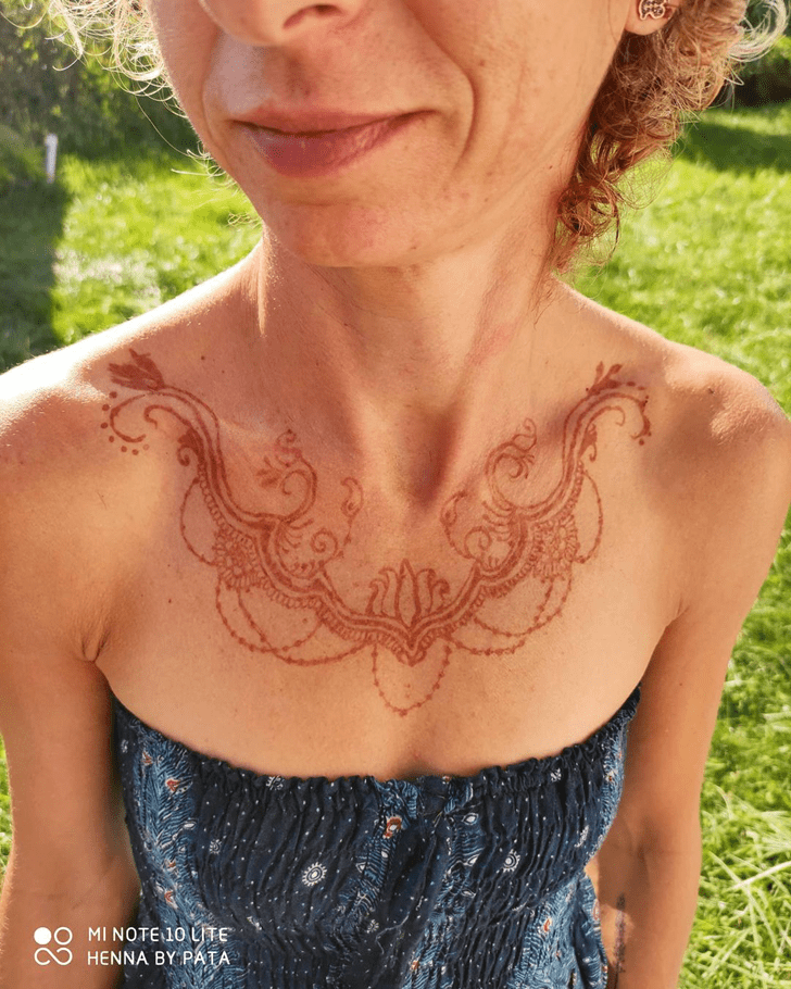 Comely Chest Henna Design