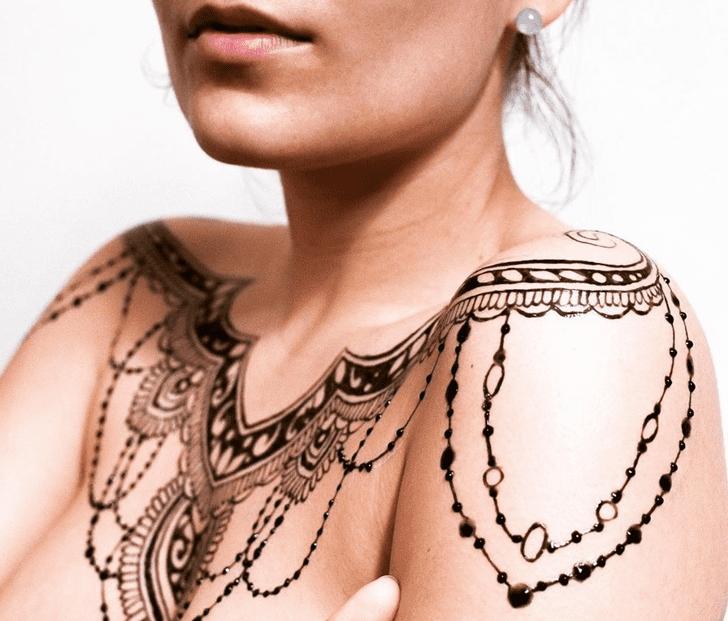 Ideal Chest Henna Design