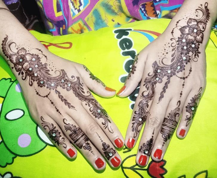 Alluring Chhath Puja Henna Design