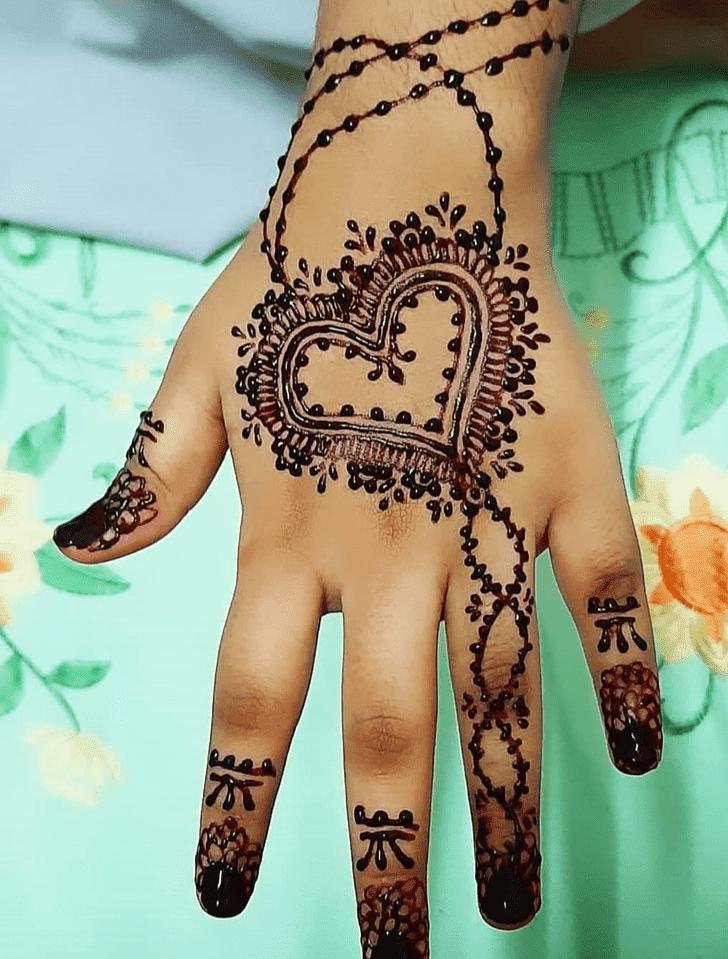 Marvelous Chhath Puja Henna Design