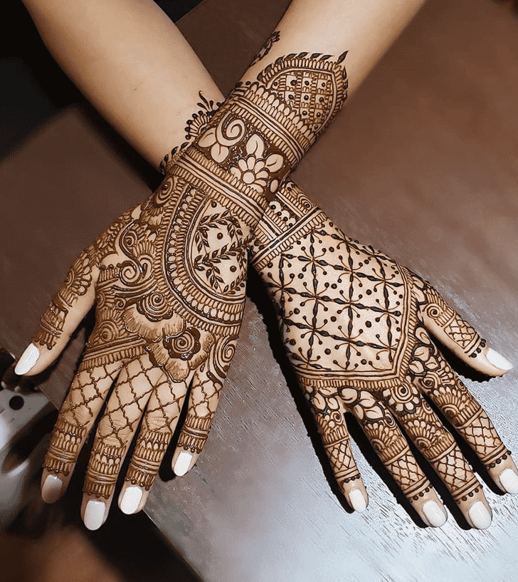 Admirable Chicago Mehndi Design