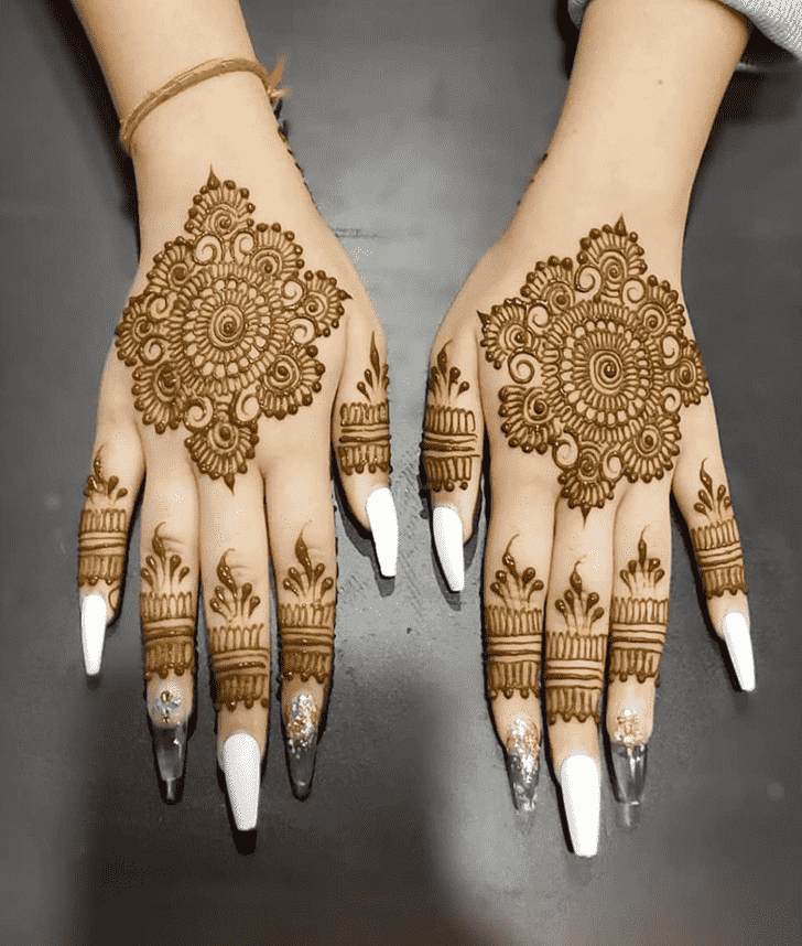 Bewitching Chicago Henna Design