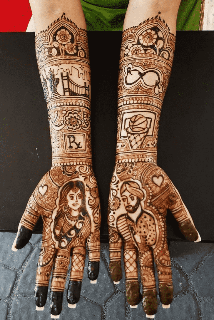 Captivating Chicago Henna Design
