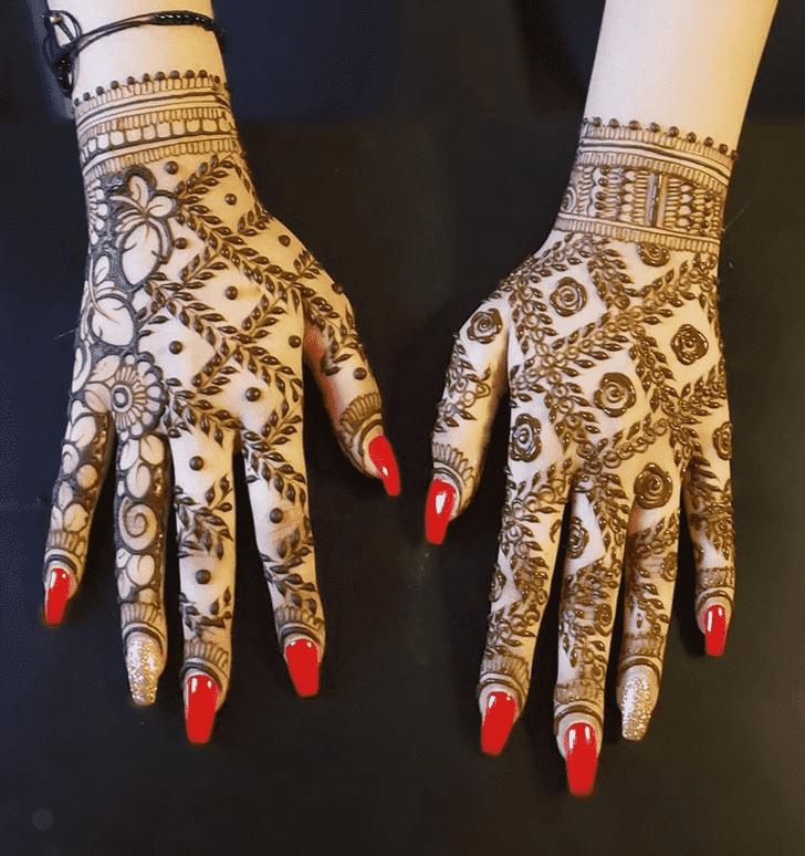 Comely Chicago Henna Design