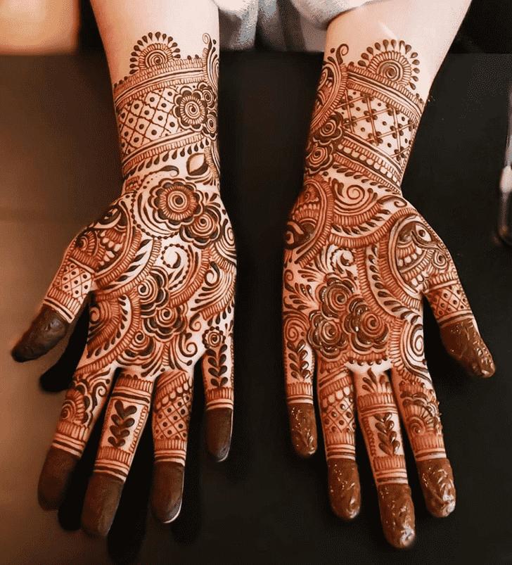 Dazzling Chicago Henna Design