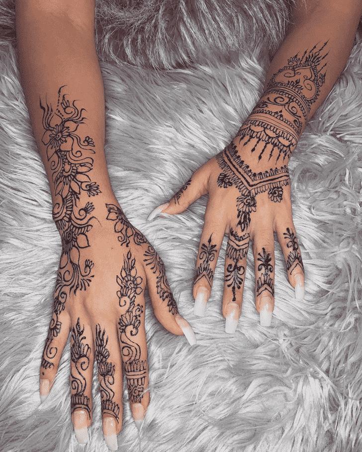 Delicate Chicago Henna Design
