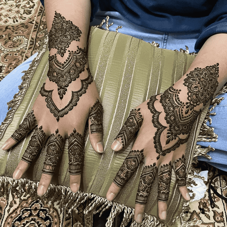 Fetching Chicago Henna Design