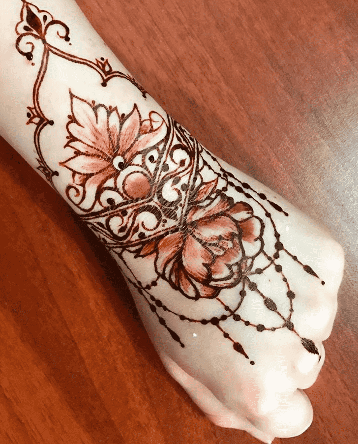 Grand Chicago Henna Design
