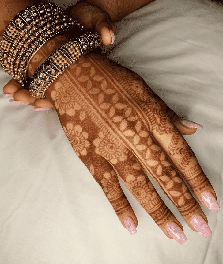 Pleasing Chicago Henna Design
