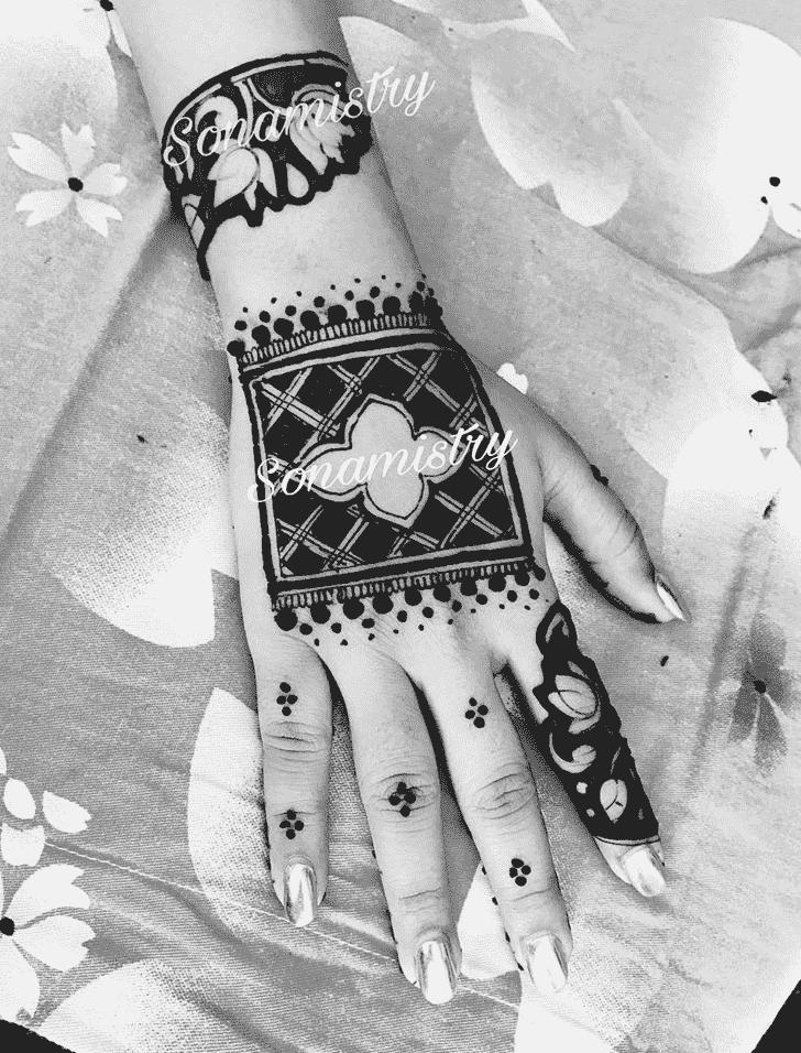 Fascinating Coimbatore Henna Design