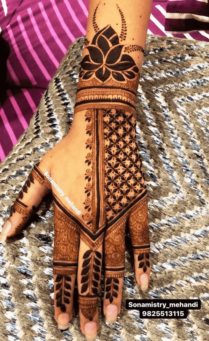 Mesmeric Coimbatore Henna Design