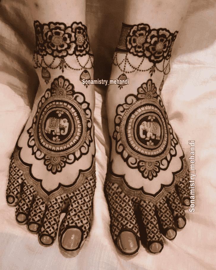 Refined Coimbatore Henna Design