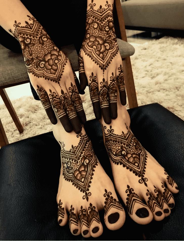 Bewitching Comilla Henna Design