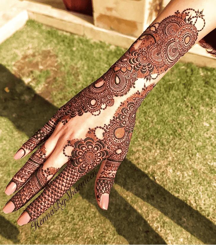 Dazzling Comilla Henna Design
