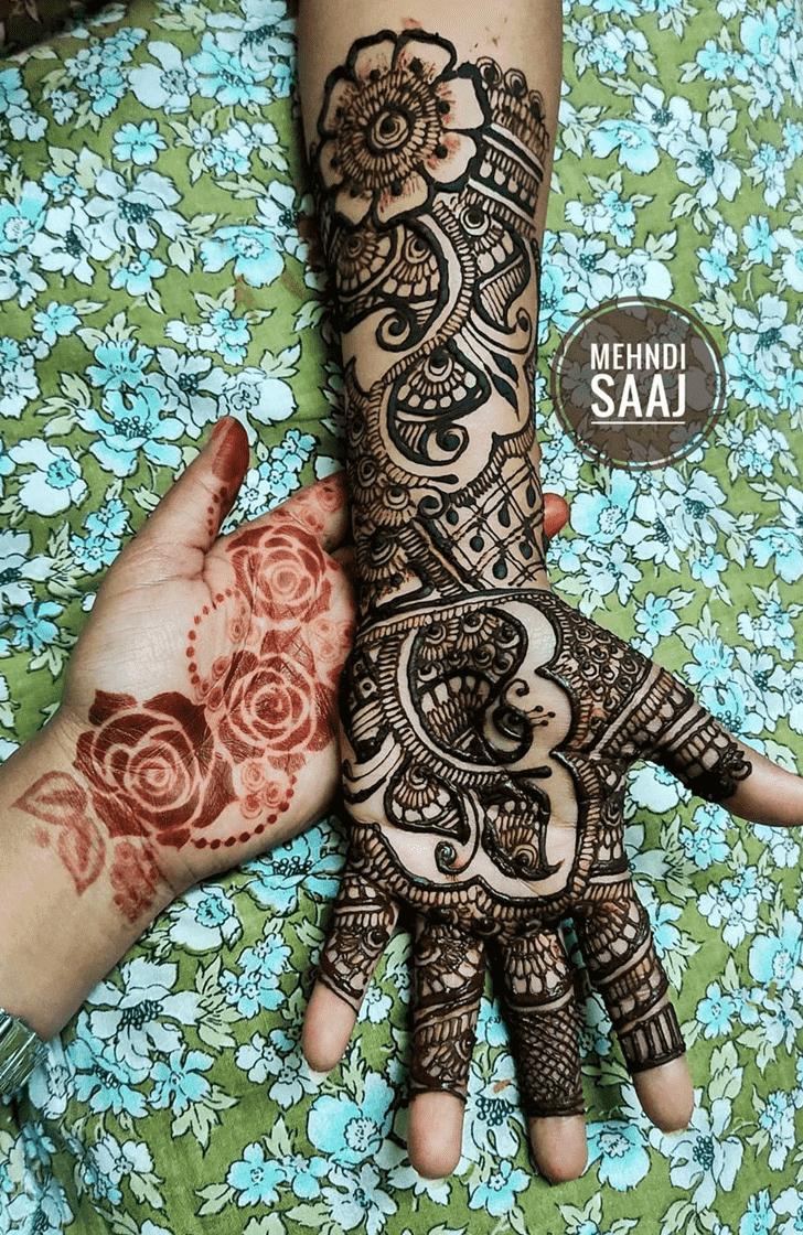 Marvelous Comilla Henna Design