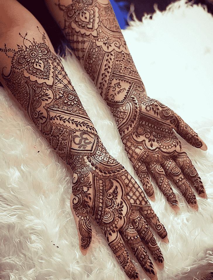 Enticing Copenhagen Henna Design