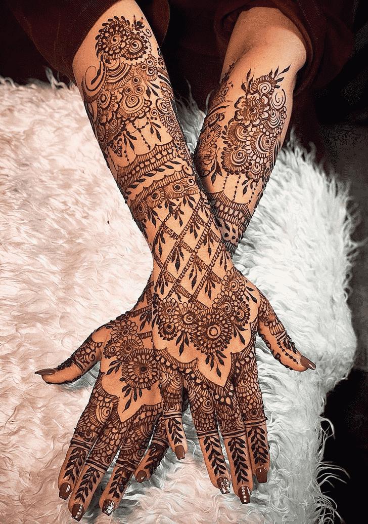 Shapely Copenhagen Henna Design