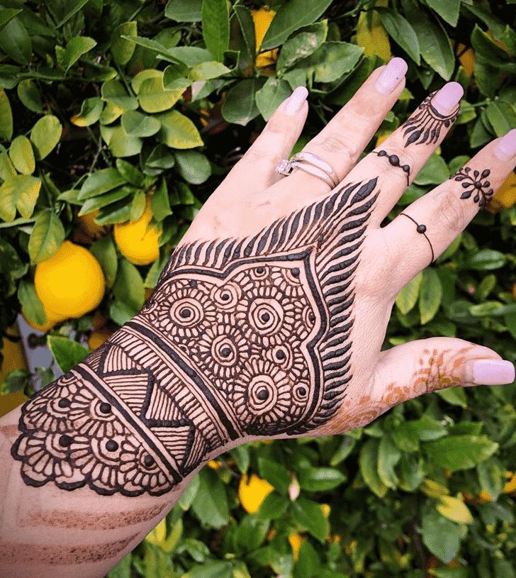 Bewitching Cute Henna design