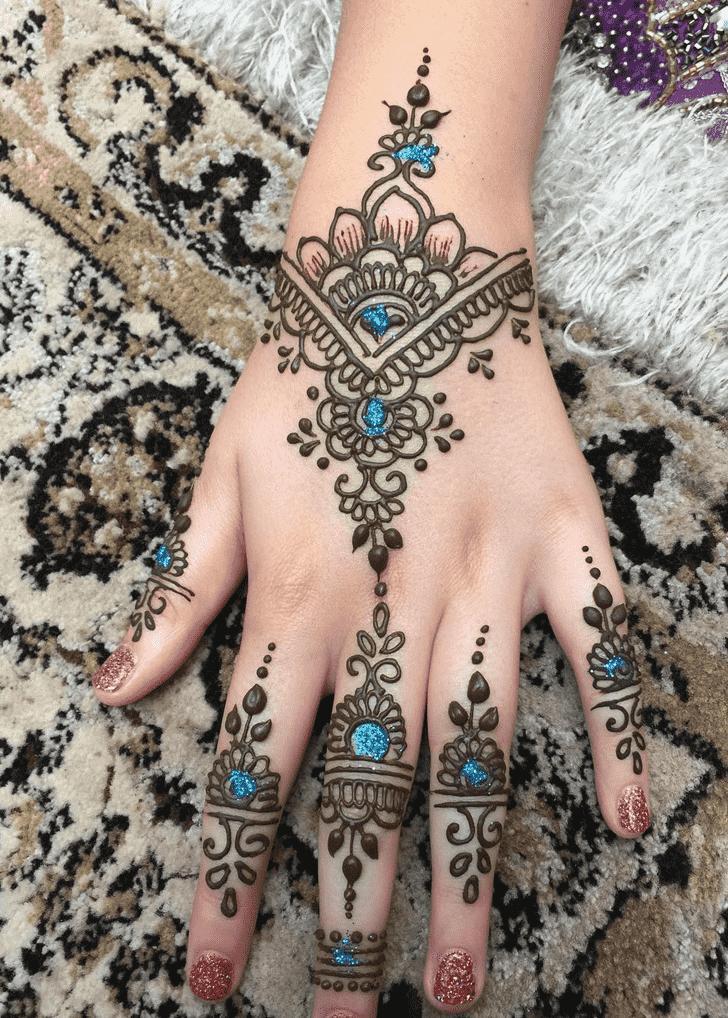 Bewitching Dallas Henna Design