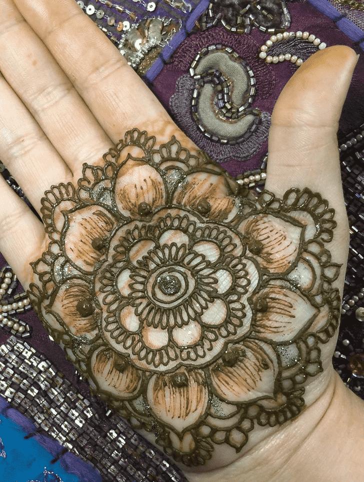Delicate Dallas Henna Design