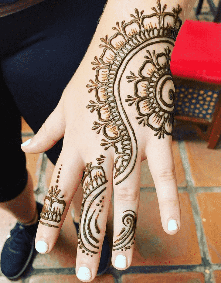 Enticing Dallas Henna Design