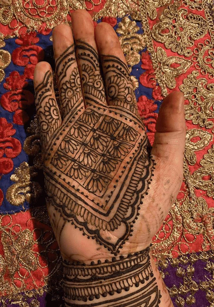 Magnetic Dallas Henna Design